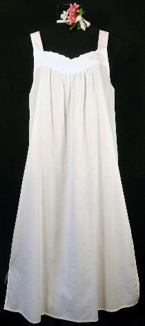 1651  Scalloped Bodice Gown