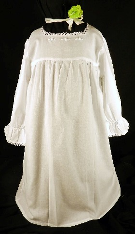 421-4 Girls' Pullover Long Sleeved Square Neck Gown