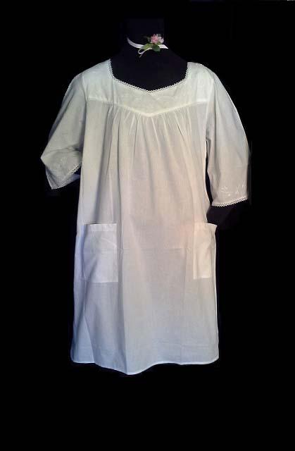 438 Bell Sleeve Short Gown
