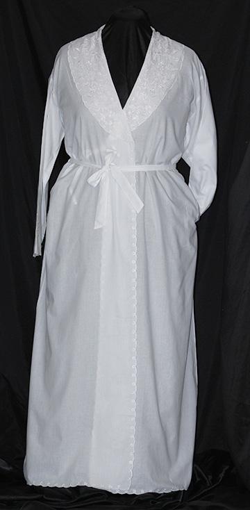651 Kimono Scalloped Robe